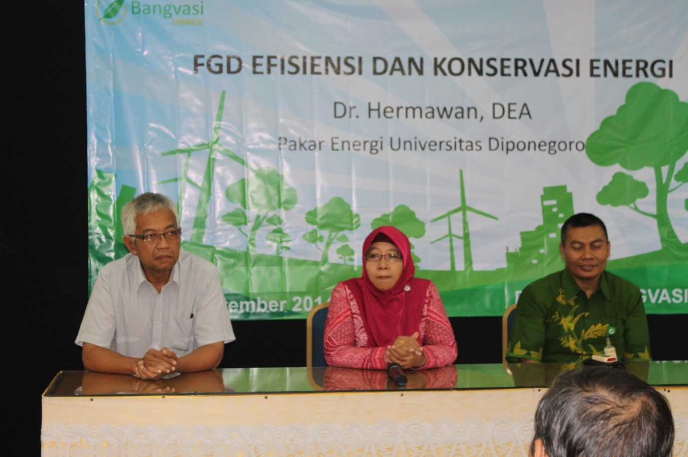 Focus Group Discussion Efisiensi dan Konservasi Energi